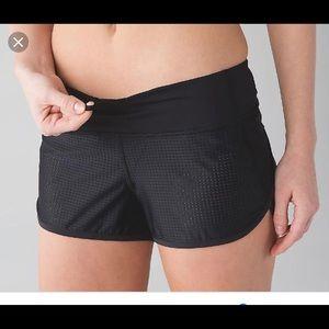 Excellent!! Women's Lululemon Speed Shorts!
